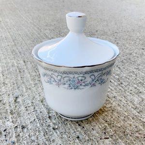 Gabriele Japan floral sugar bowl platinum trim